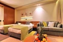 HOTEL MONA 4*
